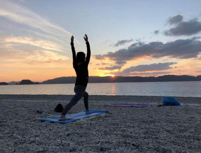 慶良間諸島で楽しめるサンセットヨガ